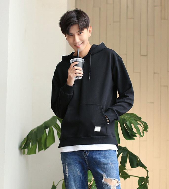 พร้อมส่ง เสื้อฮู้ดผู้ชาย สีดำ เสื้อกันหนาวผู้ชาย ใส่กันหนาว เสื้อกันหนาวสไตล์เกาหลี hoodie