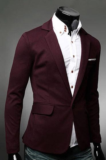 เสื้อสูทผู้ชาย สีแดง กระดุมหน้า แต่งกระเป๋าเสื้อเท่ห์ตัดกับสีเสื้อ ใส่ทำงาน หรือใส่เป็นสูทลำลองได้ เสื้อมีซับใน