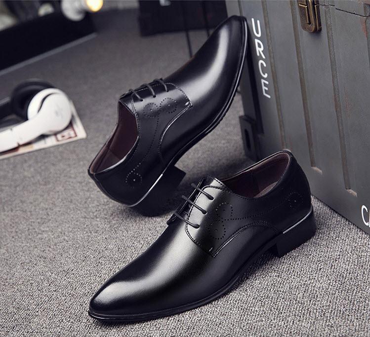 พร้อมส่ง รองเท้าคัชชู ผู้ชาย หนัง PU สีดำ แต่งเชือก ใส่ทำงาน แบบสวม มีส้น