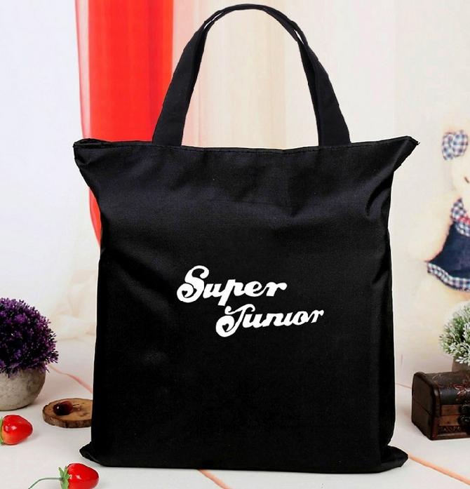 กระเป๋าผ้าสะพายข้าง : Super Junior