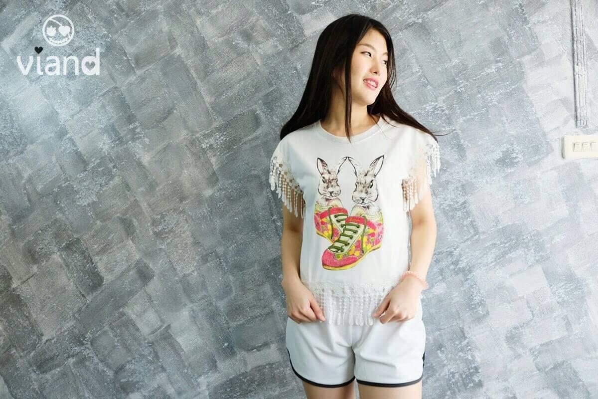 เสื้อสกรีนกระต่ายน่ารักฝุดๆ