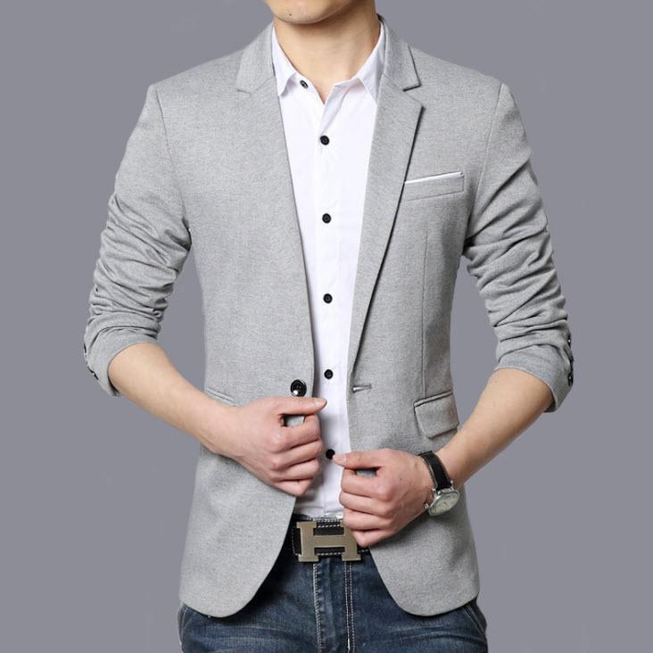 พร้อมส่ง เสื้อสูทผู้ชาย สีเทาอ่อน แต่งขอบกระเป๋าอกสีขาว สูทแขนยาว ใส่ทำงาน ใส่ลำลองได้