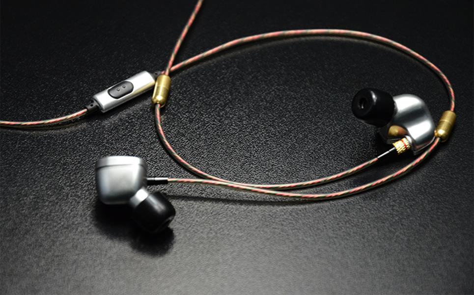ขาย หูฟัง KZ ATE หูฟัง[มีไมค์ เงิน] อินเอียร์ In-ear รุ่นใหม่ Super Bass ตัดเสียงรบกวนได้ดี คุณภาพระดับ military-grade รองรับ Mobile Phone iOS Android