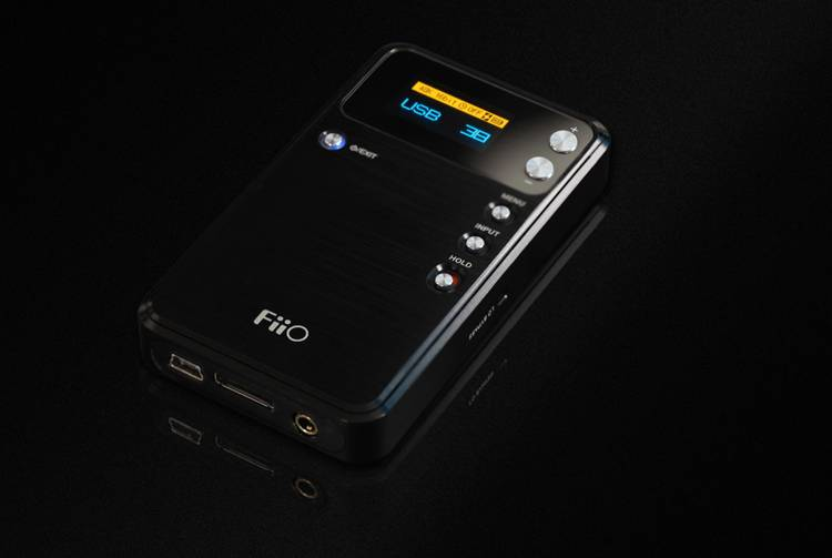 FiiO E17 Alpen Amplifier + USB DAC