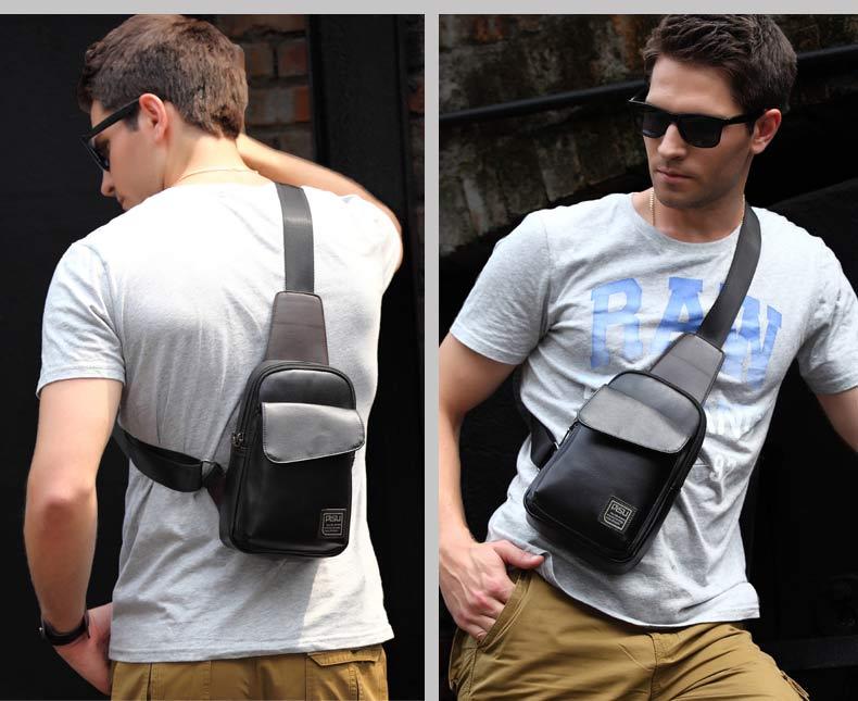 กระเป๋าคาดอก สีดำ และสีน้ำเงิน รุ่นนี้กันน้ำได้