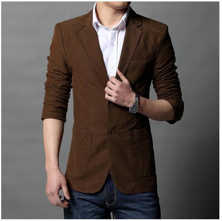 เสื้อสูทผู้ชาย สูทลำลอง สีน้ำตาล คอปก แต่งหัวไหล่ กระเป๋าข้าง มีซับใน ใส่ทำงาน สูทออกงาน หรือใส่เป็นสูทลำลองได้