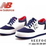 รองเท้าผ้าใบสไตล์ new balance ผูกเชือกสุดเท พื้นสีโทนลายดาว