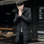 พรีออร์เดอร์ เสื้อโค้ทผู้ชาย สีดำ โค้ทยาว ออกแบบซิปเท่ห์ เฉียงไม่เหมือนใคร ฮูดถอดออกได้ หนาอุ่น ใส่กันหนาว