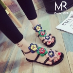 รองเท้าเตะดอกไม้ สไตล์แบรนด์ดัง FENDI collection