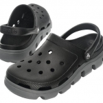 รองเท้า CROCS รุ่น DUET SPORT CLOG สีดำพื้นเทา