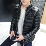 พรีอออร์เดอร์ เสื้อกันหนาวผู้ชาย สีดำ ซิปหน้า แต่งสีน้ำตาล กระเป๋าข้างใช้งานได้ หนาอุ่น