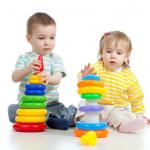 ซื้อของเล่นเด็กอย่างไร ให้เหมาะสมกับวัยของลูกน้อย
