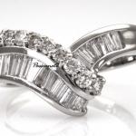 รหัส N1RPT0914-65แหวนเพชร เพชรน.นรวม 85 ตัง ราคาผ่อนเดือนละ 3,130 บาท ระยะเวลา 10 เดือน มีวงเดียวเท่านั้น!!! โทร.0948626521/Line : @passiongems (อย่าลืมใส่ @หน้าpassiongems นะคะ)