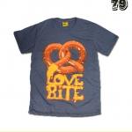 เสื้อยืดชาย Lovebite Size L - Auntie Anne's