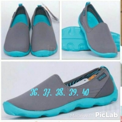 รองเท้า Cross No.CR038