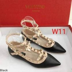 รองเท้าคัทชู Valentino ส้นเตี้ย