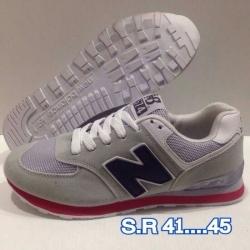 รองเท้าผ้าใบ New balance
