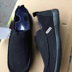 รองเท้า crocs คัทชูชาย รุ่น Men's Crocs Santa Cruz 2 Luxe สีดำ