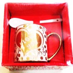 แก้วกระเบื้องทอง+ช้อนกล่อง 13.5 ซม. (1x3)
