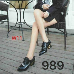 รองเท้าคัทชูลำลอง