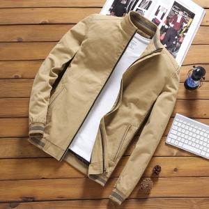 เสื้อแจ็คเก็ต ผู้ชาย สีกากี ซิปหน้า คอจีน ปลายแขนจั้ม แต่งลาย กระเป๋าข้างใช้งานได้