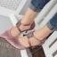 รองเท้าคัทชูส้นเข็มทำจากผ้าซาตินแต่อะไหล่ด้านหน้าหรูหรา thumbnail 1