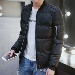 พร้อมส่ง เสื้อแจ็คเก็ตกันหนาวผู้ชาย สีดำ ซิปหน้า แต่งซิปกระเป๋าด้านแขนซ้าย(กระเป๋าใช้งานได้)