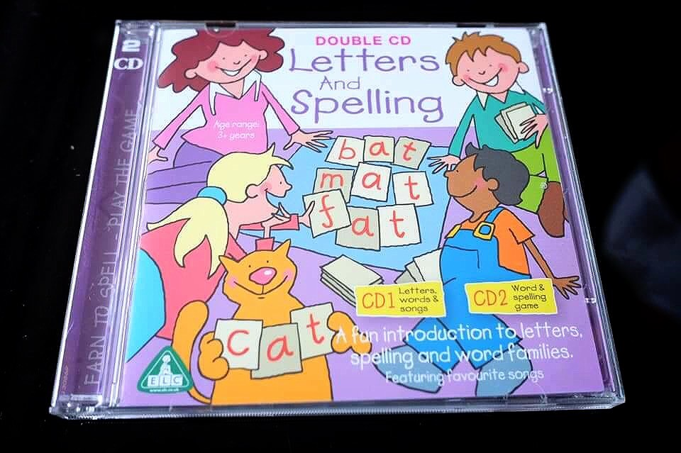 Double Cd Letters And Spelling จาก เกาะอังกฤษ