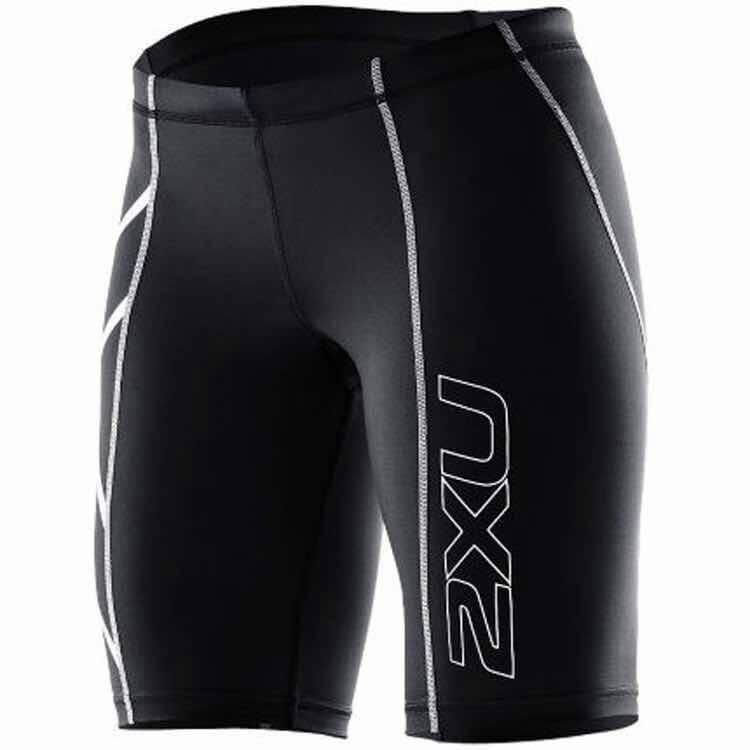 กางเกงวิ่งขาสั้น 2XU