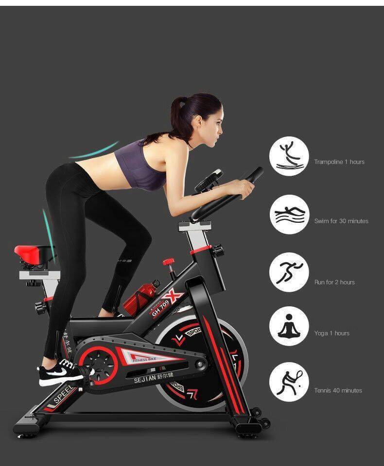 จักรยานออกกำลังกาย จักรยานฟิตเนส สปินไบค์ จักรยานนั่งปั่น ( สีดำแถบแดง )